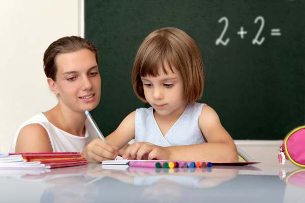 74 % rodziców uważa, że nie należy zabierać  6-latkom dzieciństwa