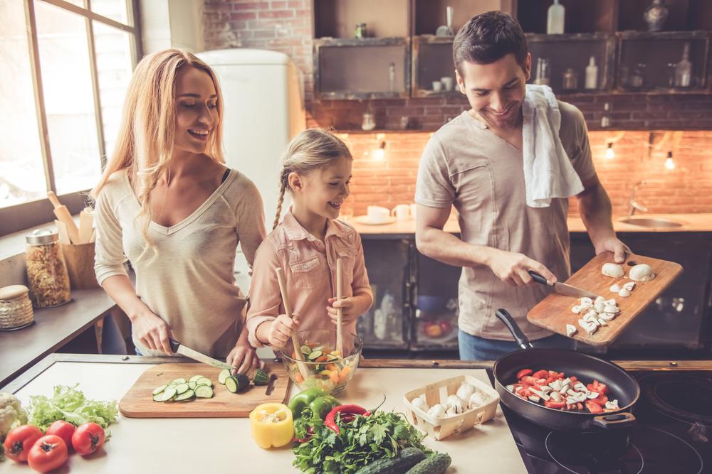 Kuchenne propozycje zabaw z okazji Dnia Dziecka