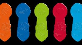 Porcja zabawy w upalne dni – mrożone Danonki idealne na lato - Lato zbliża się wielkimi krokami, a na dzieci czekają już kolorowe patyczki dołączone do Danonków w kubeczku, dzięki którym każdy przedszkolak w prosty i przyjemny sposób przygotuje orzeźwiające mrożone serki.