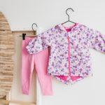 Jak ubierać dziecko wczesną wiosną? Na cebulkę!